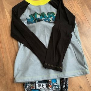 2 piece boys pants Star Wars pjs(Disney) 9/10